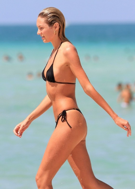 Candice Swanepoel - Bikini Candids in Miami (3rd July 2012, adds)