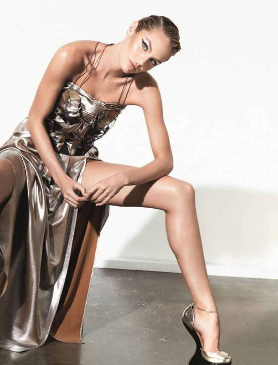 Candice Swanepoel 2012 : candice-swanepoel-collier-schorr-photoshoot-for-muse-magazine-04