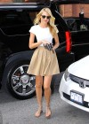 candice-swanepoel-leggy-candids-in-nyc-05