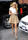 candice-swanepoel-leggy-candids-in-nyc-14