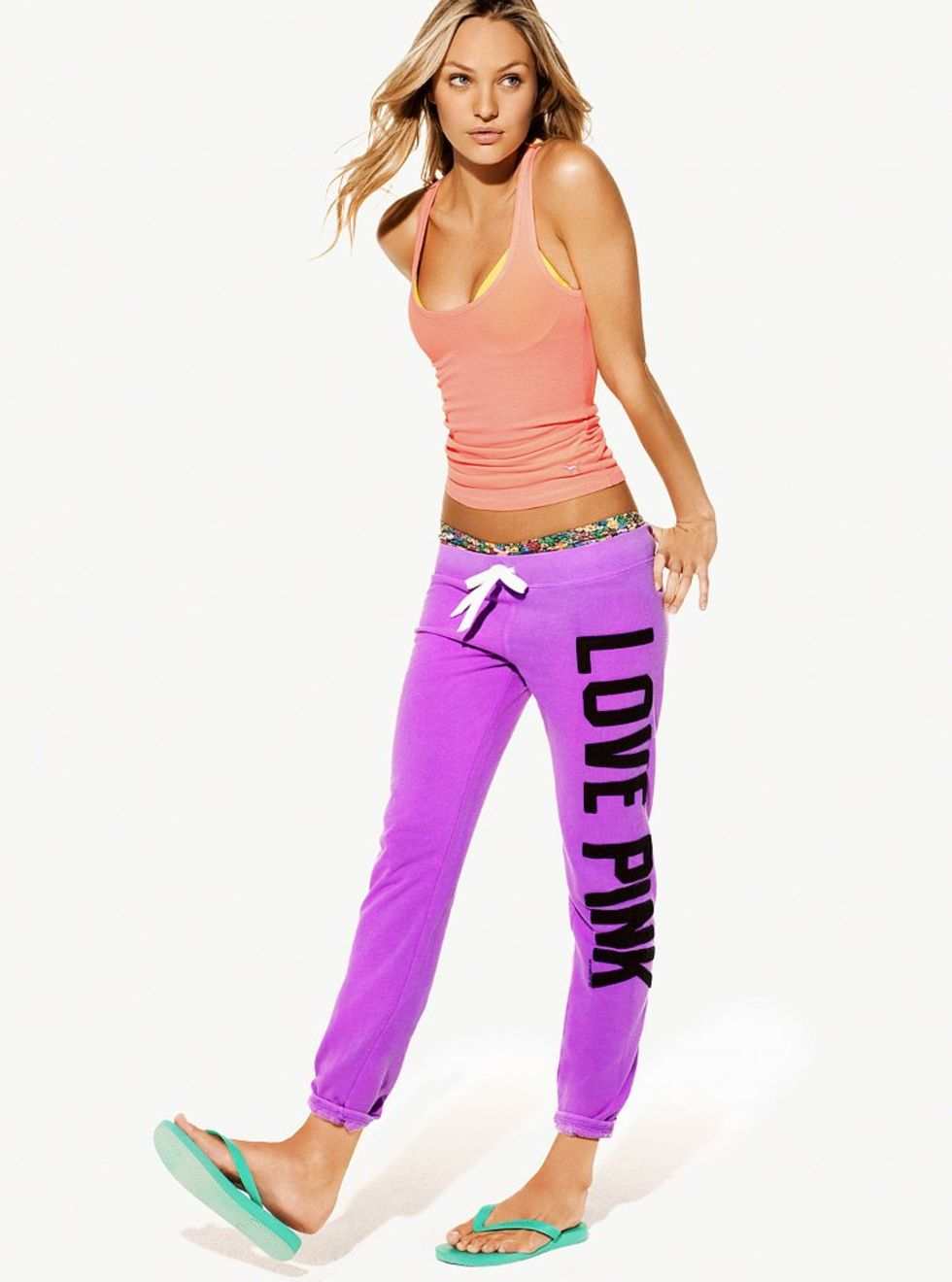 Candice Swanepoel 2010 : candice-swanepoel-victorias-secret-love-pink-campaign-02