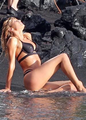 Candice Swanepoel: VS Bikini Shoot -04