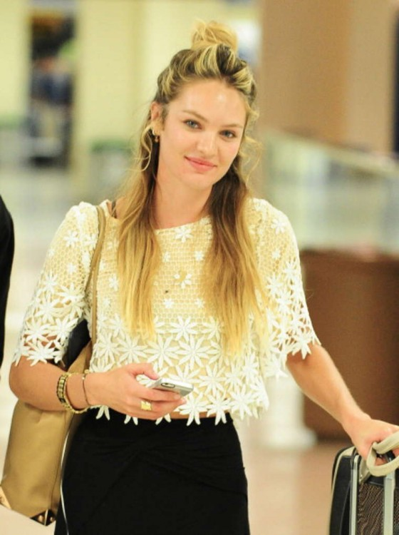 Back to post Candice Swanepoel Without MakeUp at JFK Airport