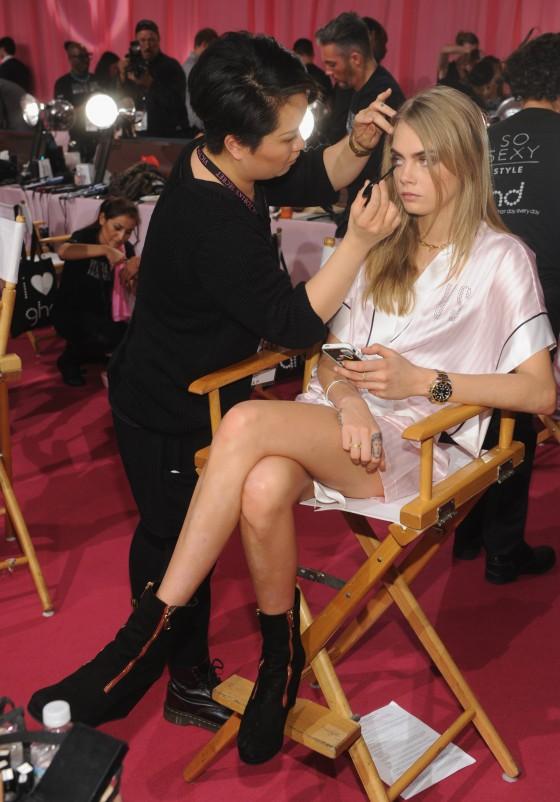 Cara Delevingne: VS Fashion Show 2013 -02