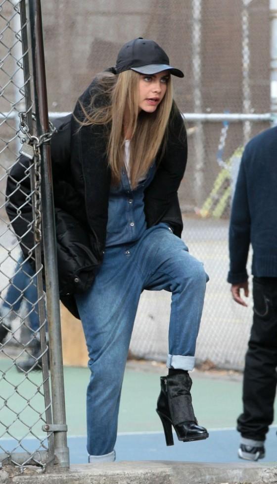 Cara Delevingne – PhotoShoot Candids in Greenwich Village -13