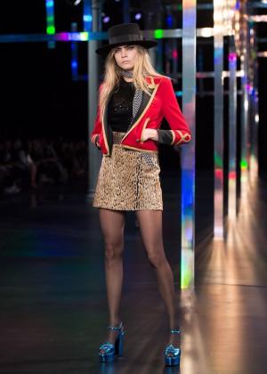 Cara Delevingne - Saint Laurent Catwalk Show Spring-Summer 2015 in Paris