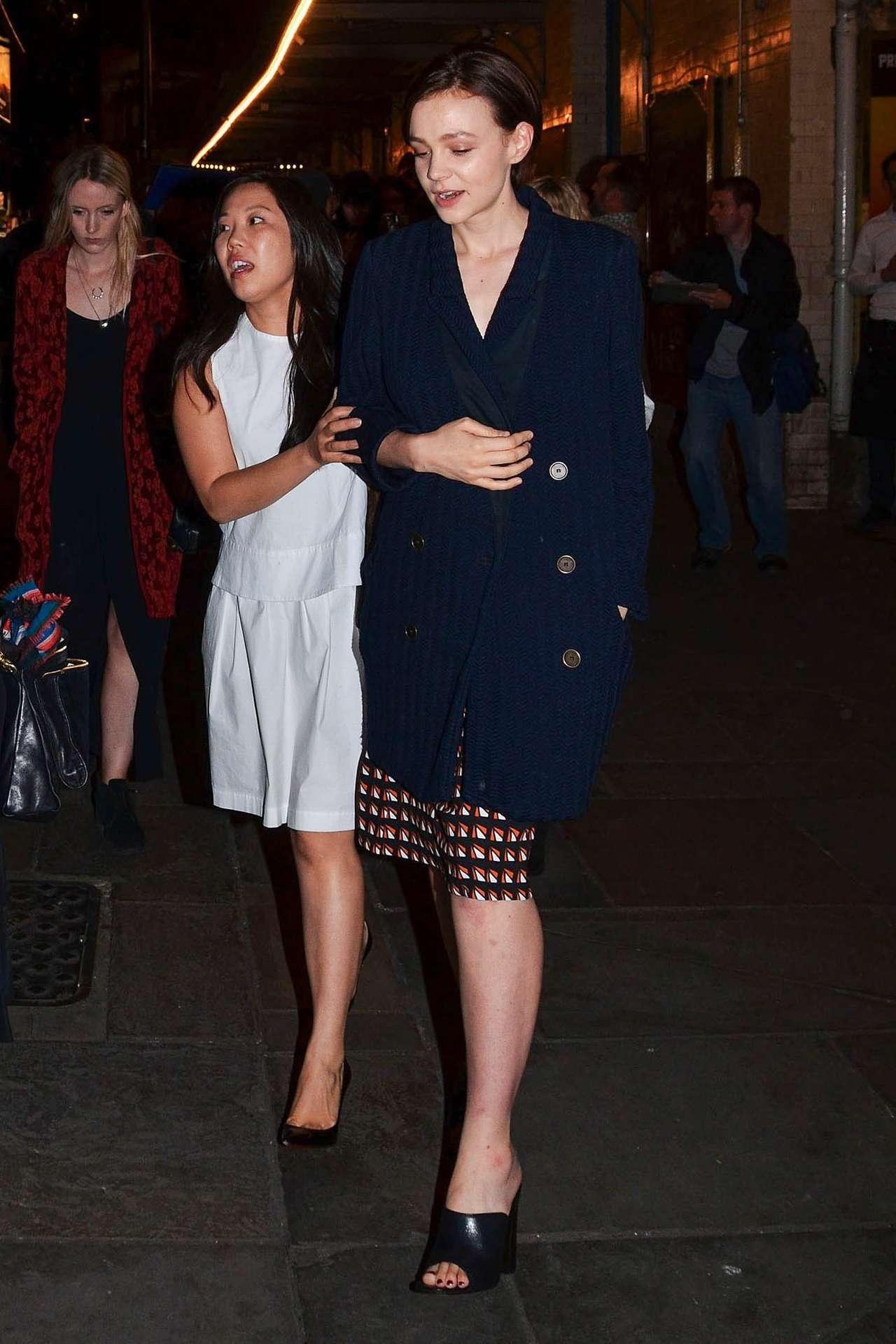 Carey Mulligan 2014 : Carey Mulligan arriving at Skylight press night -09