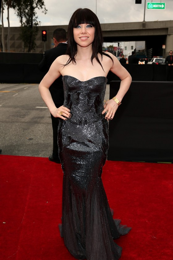 Carly Rae Jepsen – 2013 Grammy Awards -03