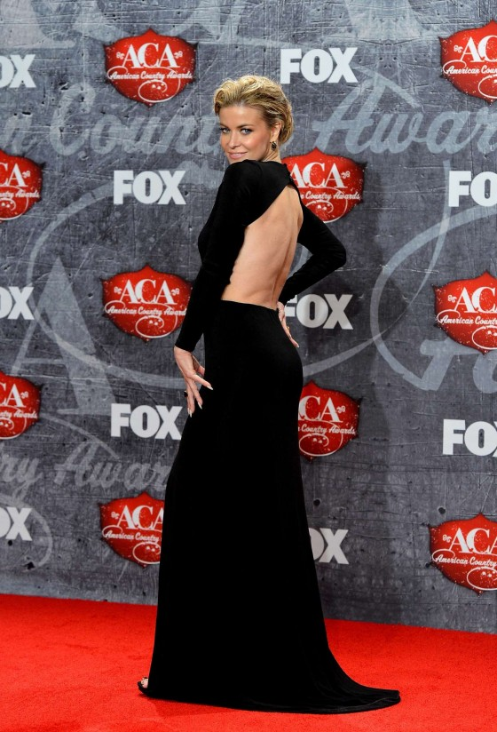 Carmen Electra – 2012 American Country Awards -04