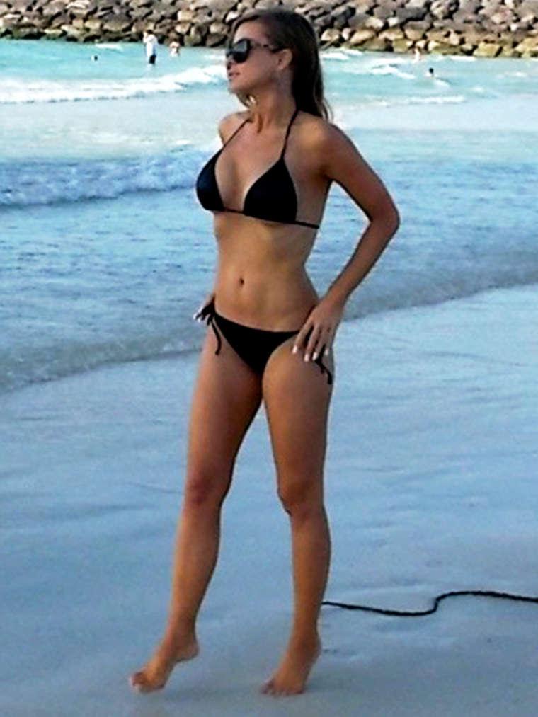 Admiring 45-Year-Old Carmen Electra In A Bikini Will - FHM