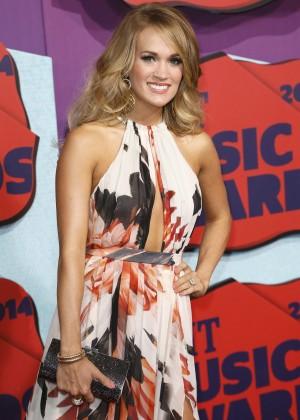 Carrie Underwood - 2014 CMT Music Awards in Nashville-01
