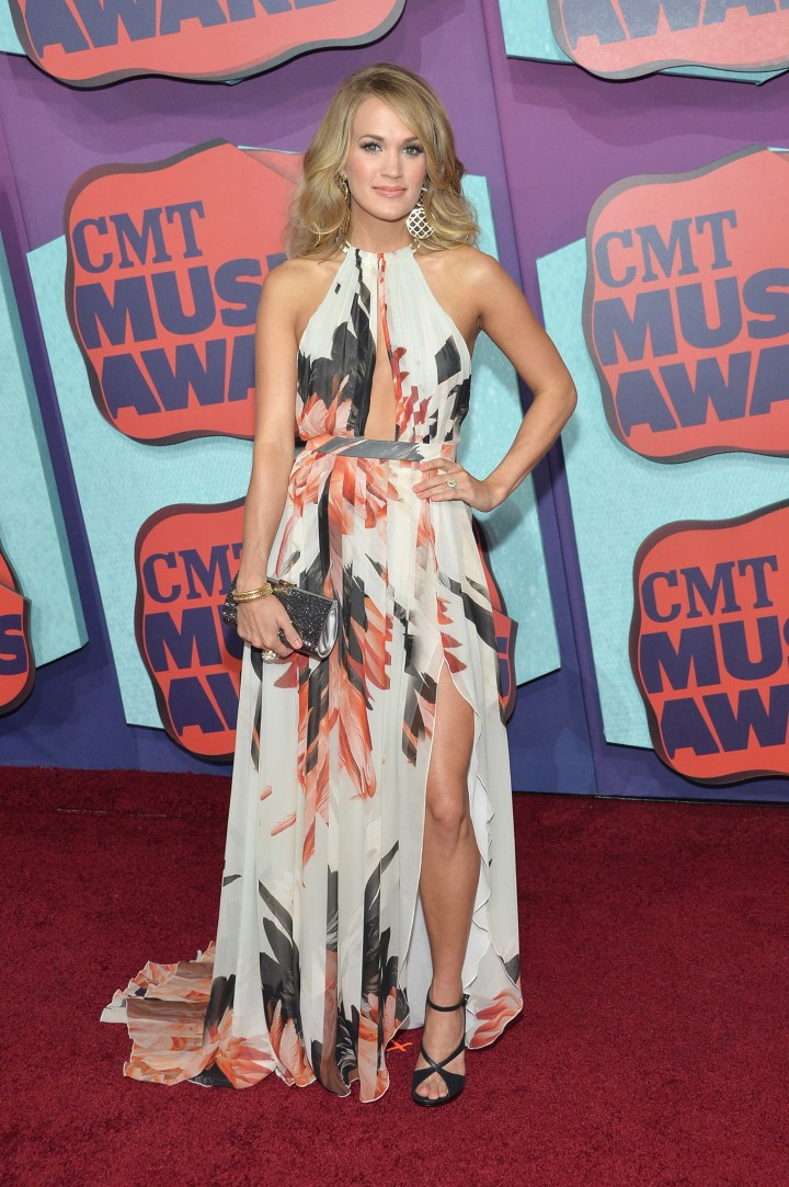 Carrie Underwood - 2014 CMT Music Awards in Nashville-02