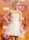 Carrie Underwood - White Dress at Country Awards-01