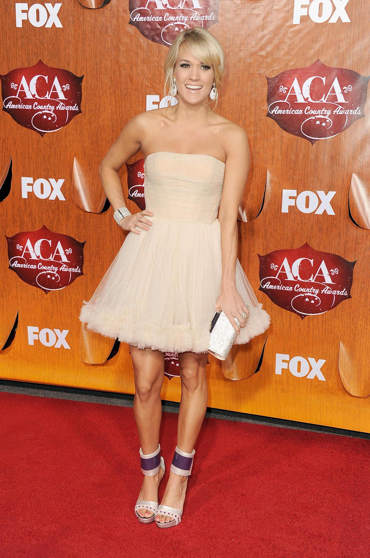 Carrie White Dress Carrie Underwood – White Dress