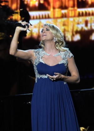 Carrie Underwood - CMA 2014 Country Christmas in Nashville