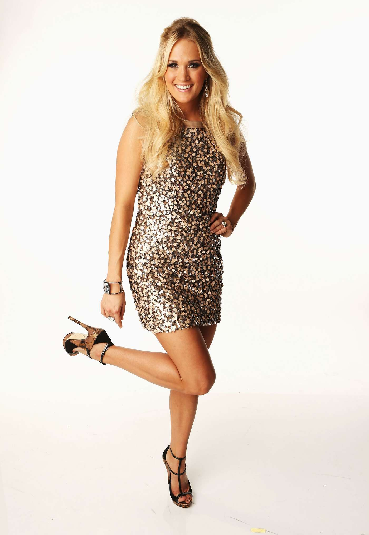 Carrie Underwood 2012 : Carrie Underwood – CMT Music Awards-04