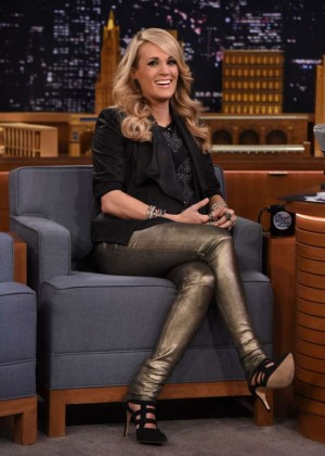 Carrie Underwood - The Tonight Show With Jimmy Fallon in NYC