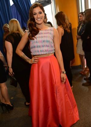 Cassadee Pope: 2014 CMT Music Awards -04