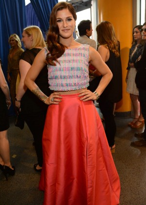 Cassadee Pope: 2014 CMT Music Awards -08