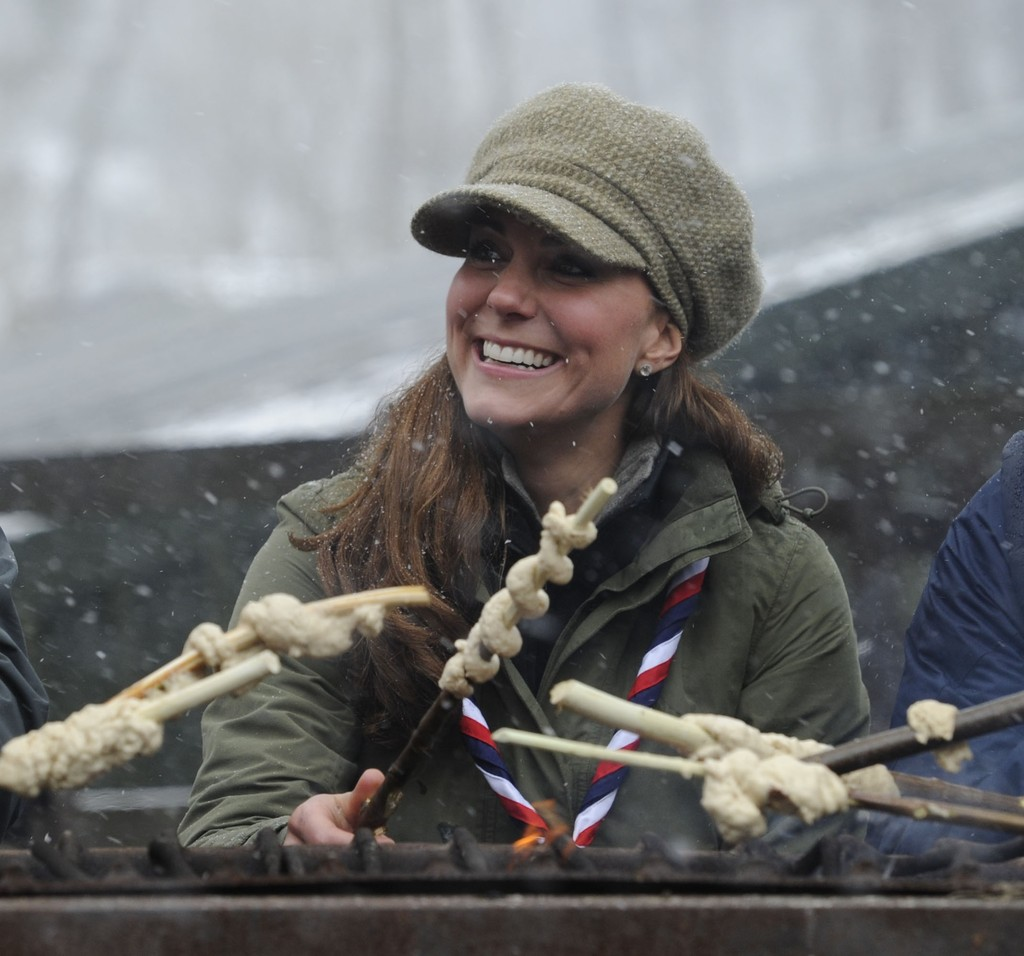 Kate Middletonn 2013 : Catherine Middleton at the Great Tower Scout Camp -07
