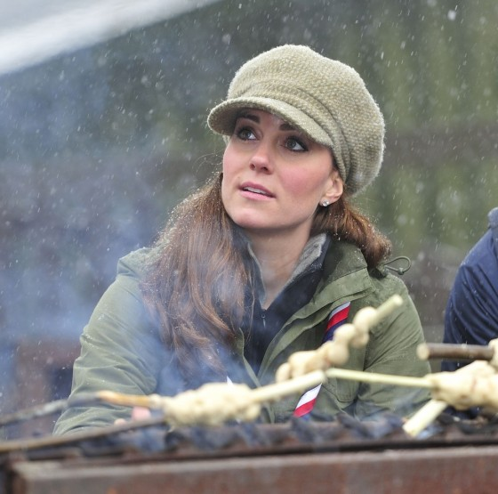 Kate Middletonn 2013 : Catherine Middleton at the Great Tower Scout Camp -23
