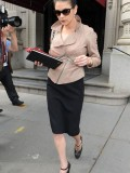 catherine-zeta-jones-candids-in-nyc-04