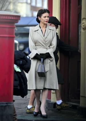 "Catherine Zeta Jones - Filming ""Dad's Army"" set in Bridlington"