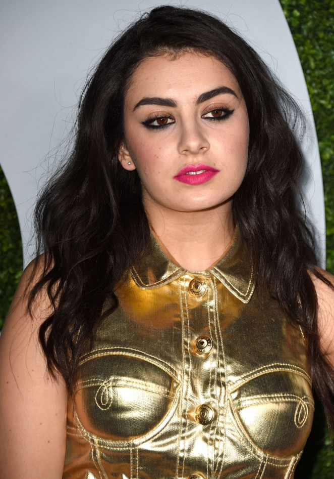 Charli xcx 2014 gq men of the year party 03 gotceleb for Lindsay aitchison