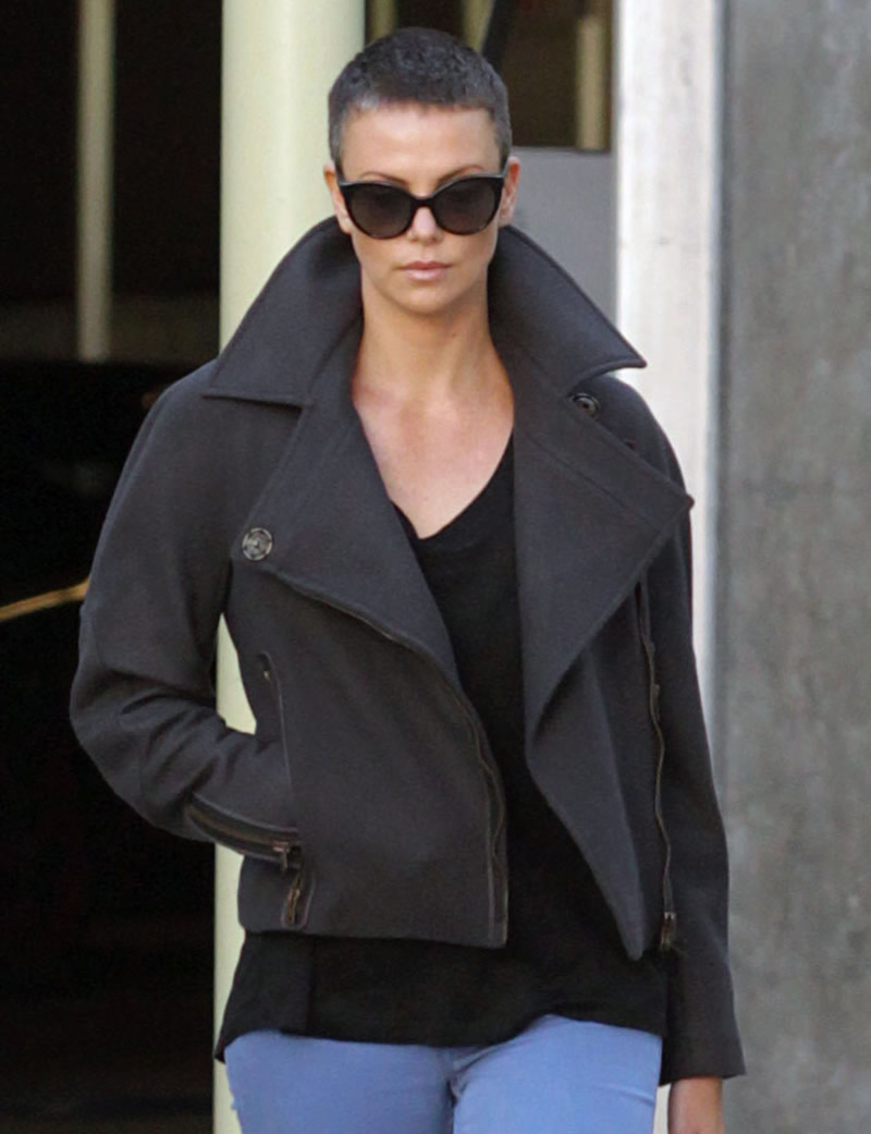 Charlize Theron Short Hair -03 - Full Size