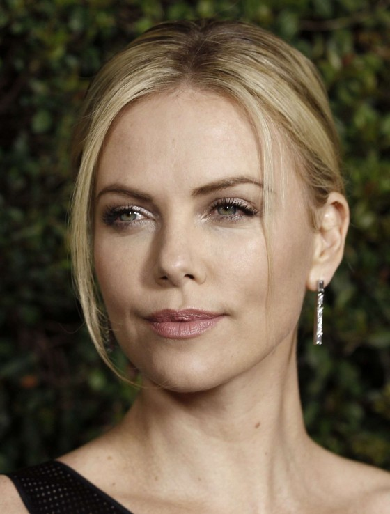 Charlize Theron – Hot at Young Adult Premiere in LA-01