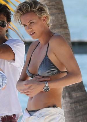 Charlize Theron Bikini Photos: 2014 Miami -08