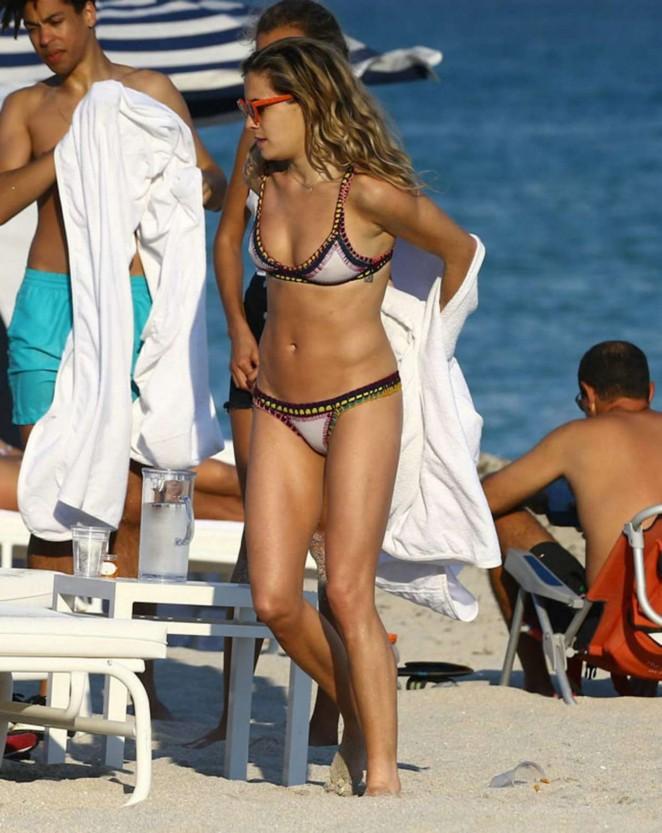 Chelsea Leyland in Bikini -01