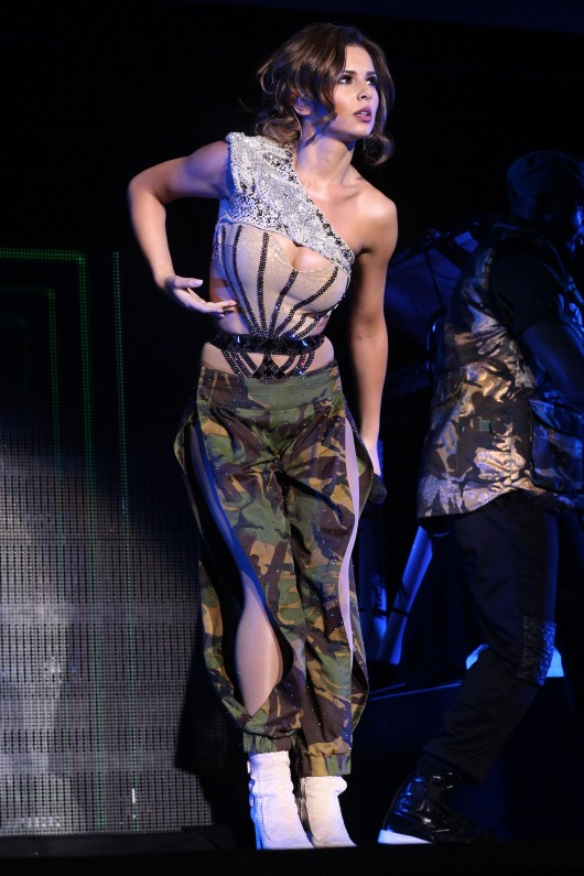 cheryl-cole-concert-at-o2-arena-in-london-18