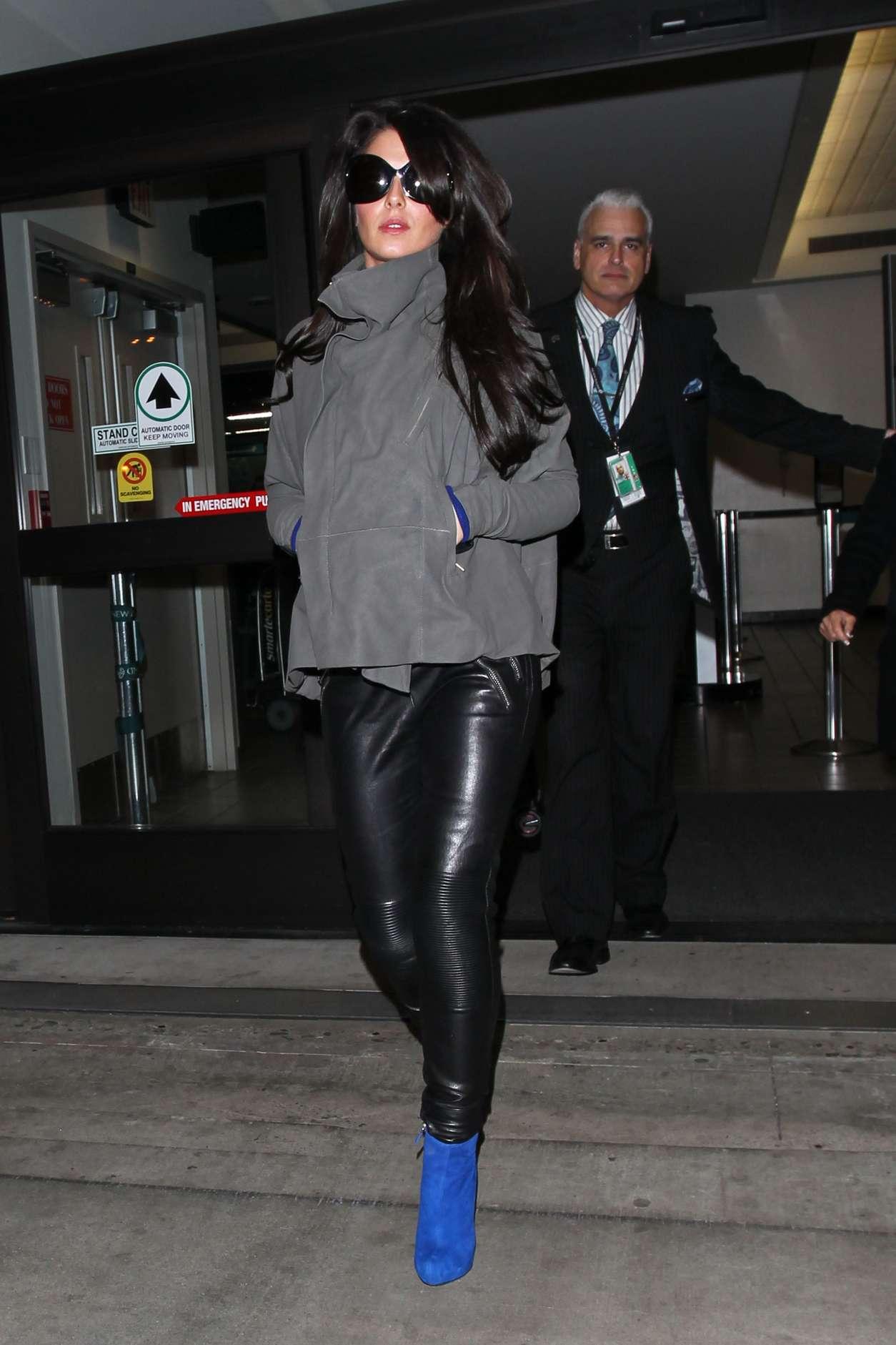 cheryl cole in black leather pants 06 gotceleb