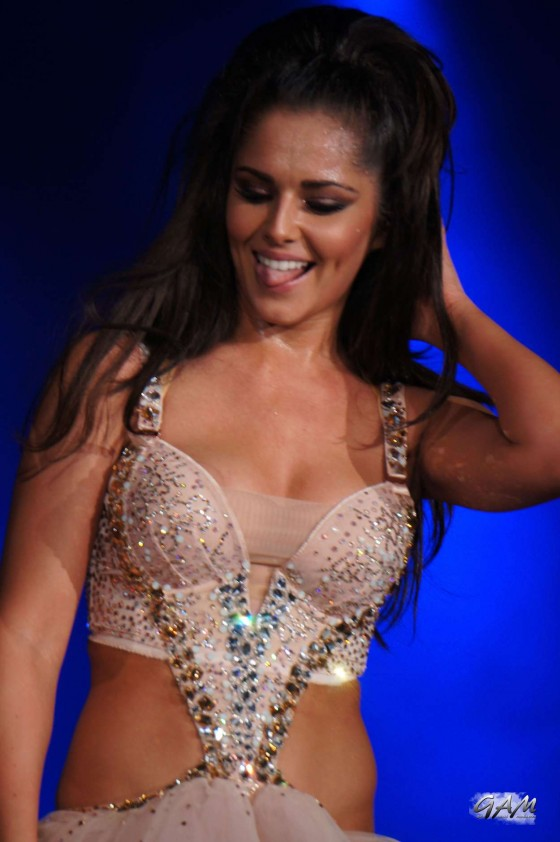 Cheryl Cole – performing with Girls Aloud in Newcastle -06