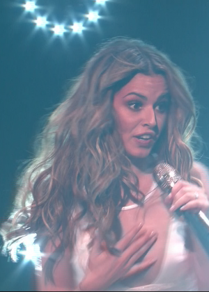 Cheryl Fernandez-Versini: Performs at X Factor -08