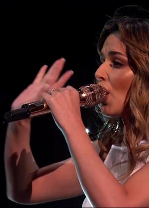 Cheryl Fernandez-Versini: Performs at X Factor -19