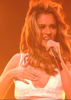 Cheryl Fernandez-Versini: Performs at X Factor -20