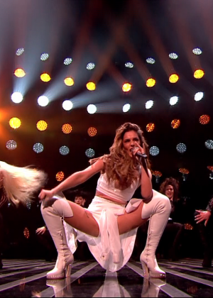 Cheryl Fernandez-Versini: Performs at X Factor -23