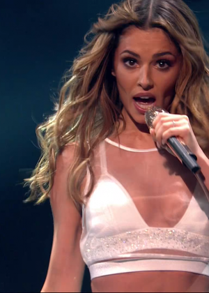 Cheryl Fernandez-Versini: Performs at X Factor -25