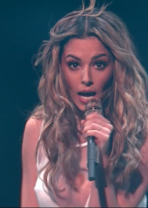 Cheryl Fernandez-Versini: Performs at X Factor -49