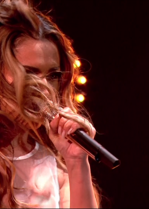 Cheryl Fernandez-Versini: Performs at X Factor -52
