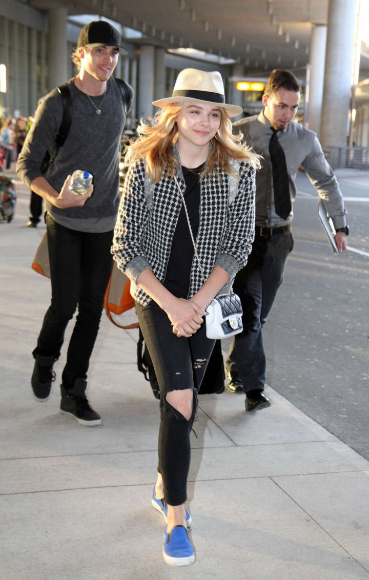 Chloe Moretz at Toronto Pearson International Airport -03