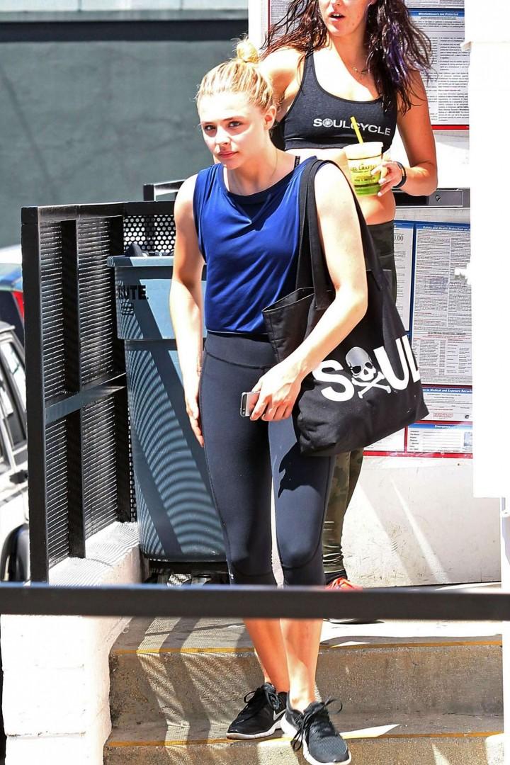 Chloe Moretz in Spandex -06