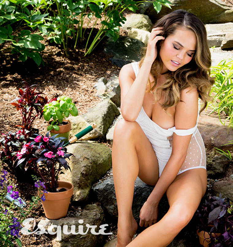 Chrissy Teigen - Esquire Magazine (September 2014)