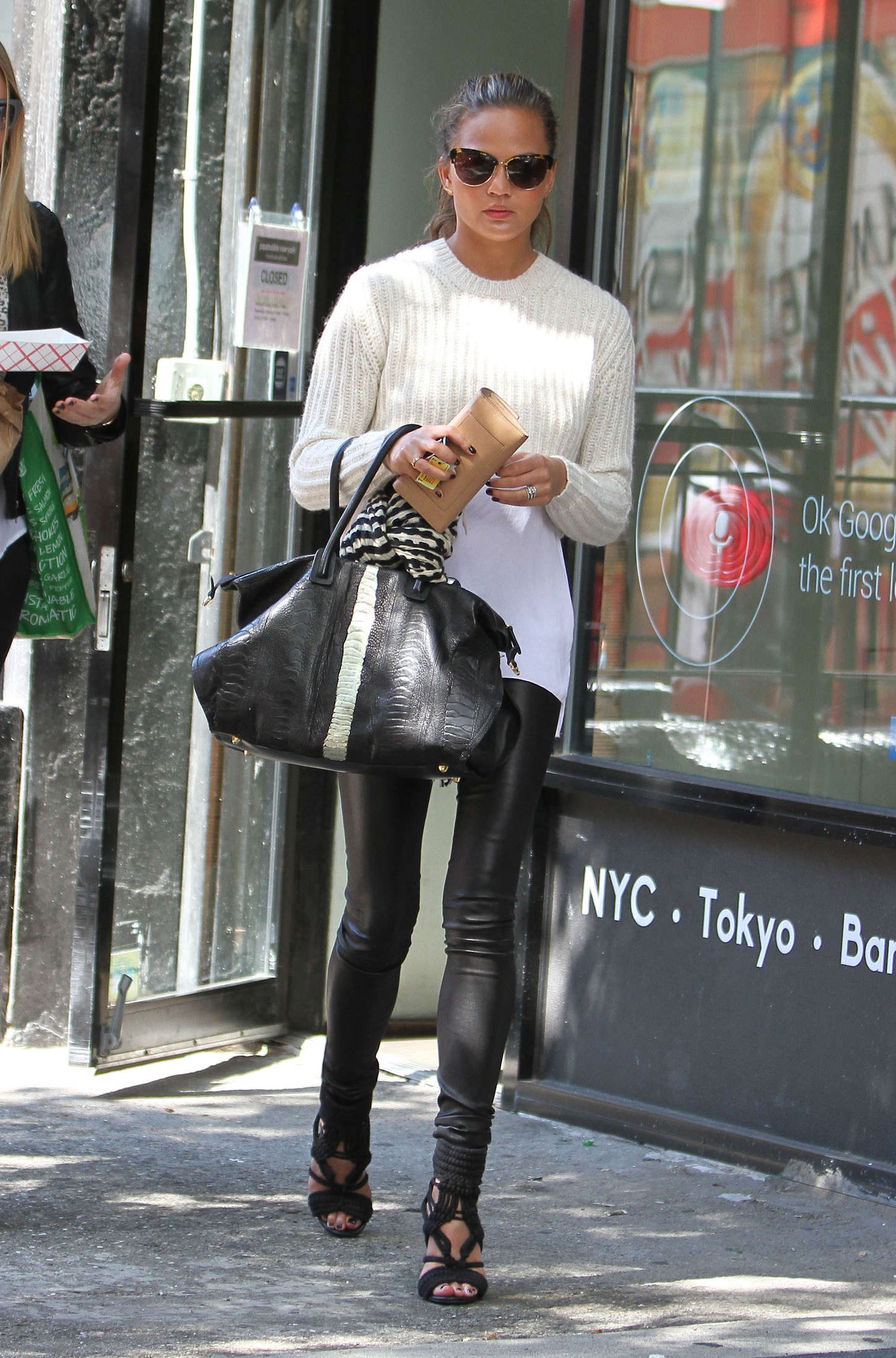 Chrissy Teigen Out In Nyc Gotceleb