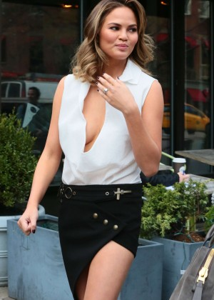 Chrissy Teigen: Photoshoot in NY -16
