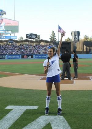 Chrissy Teigen: first pitch at Dodger Stadium-02
