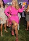 Christie Brinkley: 2013 Ellens Run Pink Apron Party -07