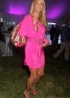 Christie Brinkley: 2013 Ellens Run Pink Apron Party -08